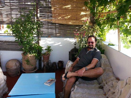 Dar KamalChaoui : Belle terrasse avec vue magnifique sur la vallée