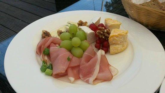 Maritim Hotel Schnitterhof: Lunchen