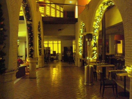 Hotel Monasterio Benedictino: Comedor del hotel.