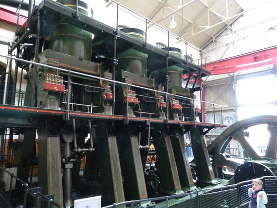Kelham Island Museum: River Don Engine