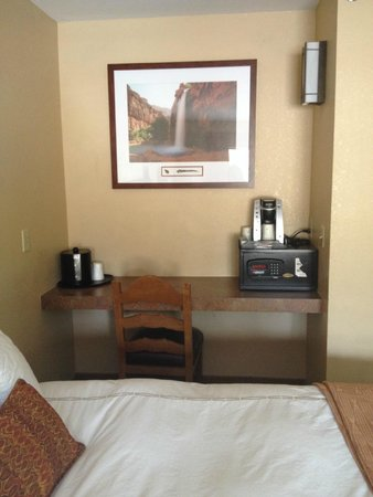 The Grand Hotel at the Grand Canyon: Kurig Coffee