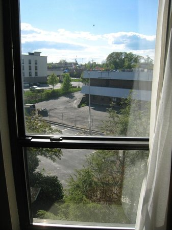 Best Western Executive Hotel Of New Haven-West Haven: view from room