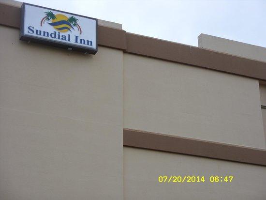 Sundial Inn Motel and Efficiency : Sundial Inn
