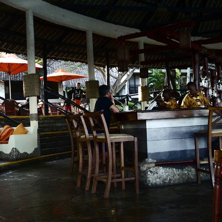 Baobab Beach Resort & Spa: Main Bar