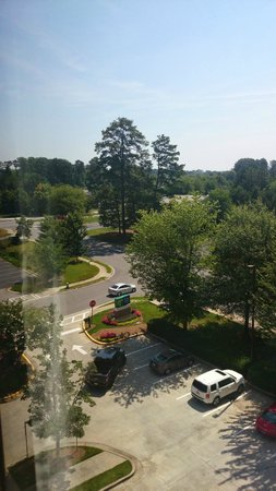 Holiday Inn Express & Suites : Different view from the room