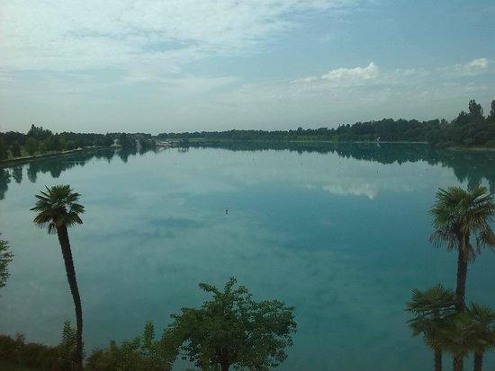 Thai Si Royal Thai Spa & Hotel: vista lago