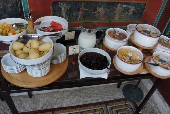 Bellevue Syrene: looked forward to breakfast buffet!