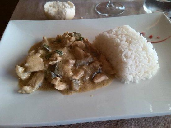 Thai Si Royal Thai Spa & Hotel: pollo al curry
