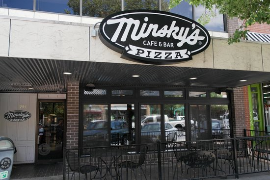 Minsky's Pizza: Minskys from the Street
