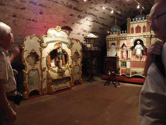 Siegfried's Mechanisches Musikkabinett: The first room of exhibits