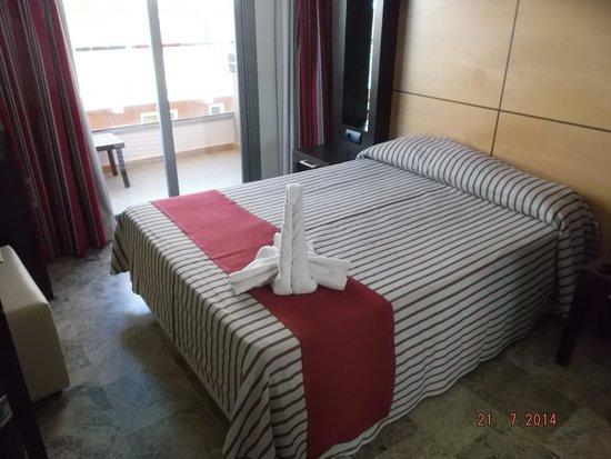 Mediterranean Bay Hotel: habitacion