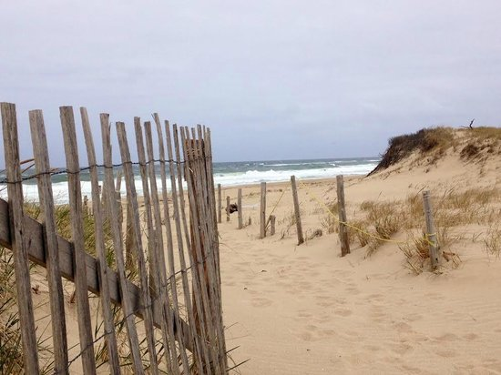 Brewster By The Sea: Head of the Meadow Beach