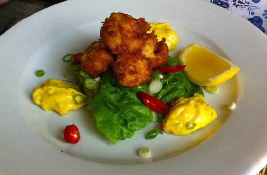 The Falcon Hotel: Tempura King Prawns