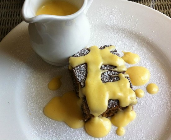 The Falcon Hotel: Sticky Toffee Pudding with the specially made custard
