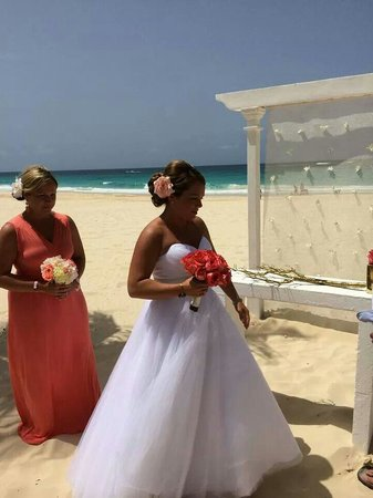 Hard Rock Hotel & Casino Punta Cana : Wedding at Isla Beach