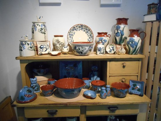 Eldreth Pottery Factory Showroom and Tour: More Pottery Examples