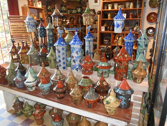 Eldreth Pottery Factory Showroom and Tour: Birdhouses