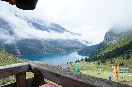 Berghotel Oeschinensee: Short hike - view.