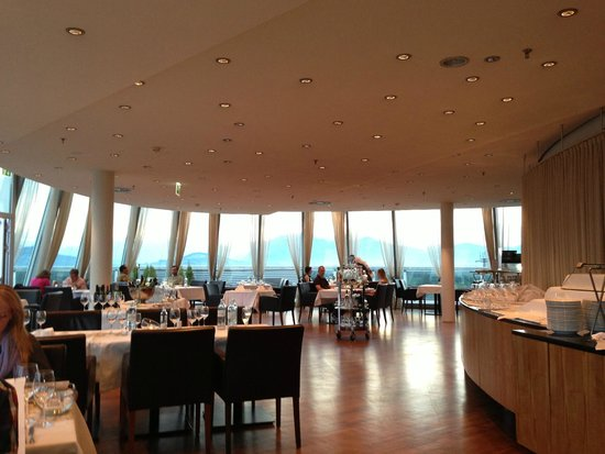 Four Points by Sheraton Panoramahaus Dornbirn: Hotel Restuarant
