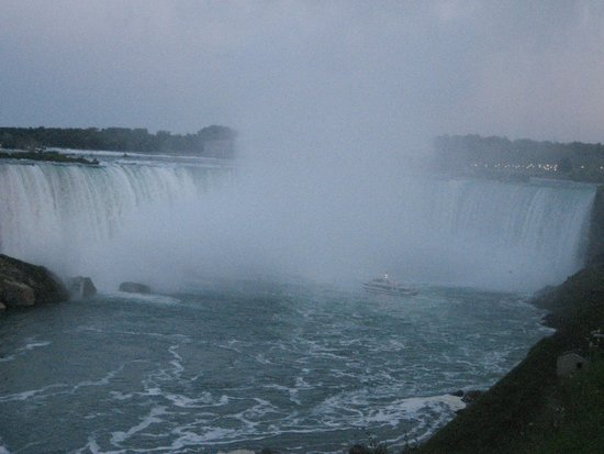 Four Points by Sheraton Niagara Falls Fallsview: Niagara Falls