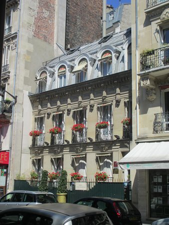 Hotel de Latour Maubourg: Outdoors