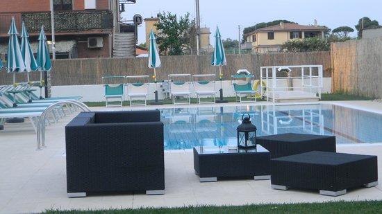 Best Western Hotel Rome Airport: pileta