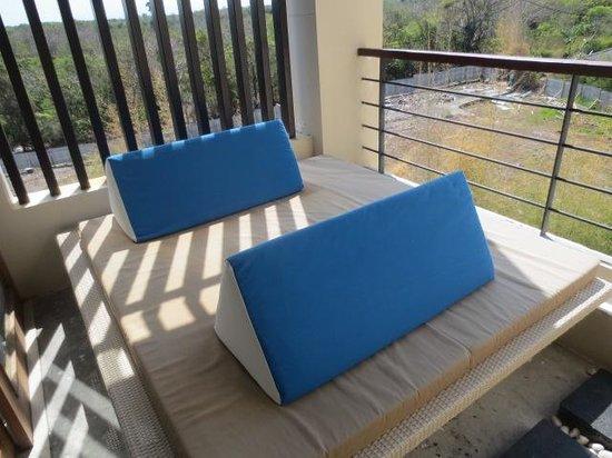 VOUK Hotel & Suites: Suite balcony
