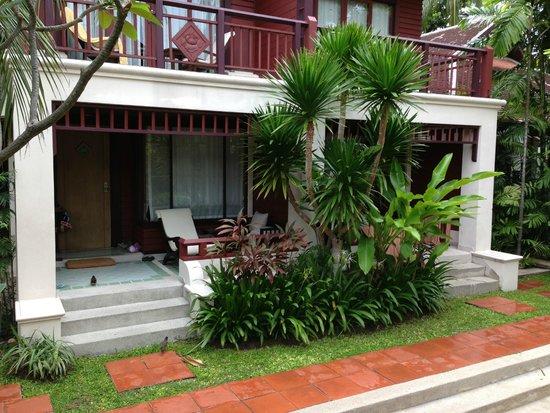 Chaweng Regent Beach Resort : Poolside Garden Villa