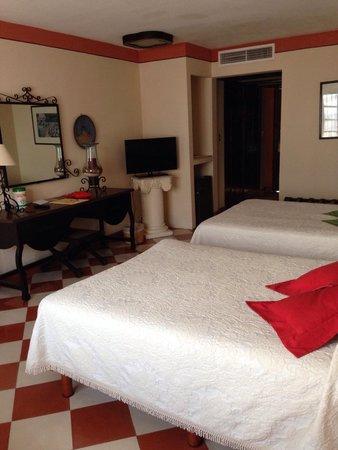Hotel Casa del Balam: Excelente habitación