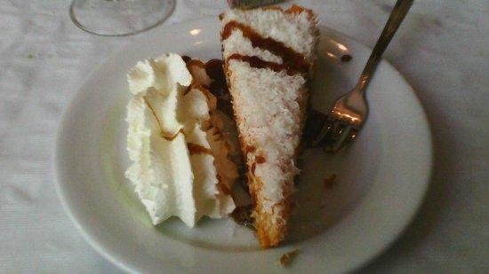 Casa Parra : tarta de zanahoria y coco rallado