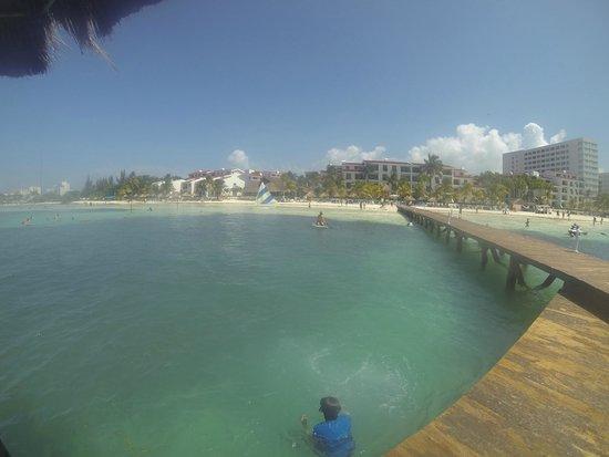 The Royal Caribbean : Muelle en el royal cancun