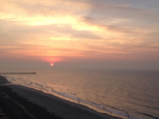 Sea Crest Oceanfront Resort : Sunrise