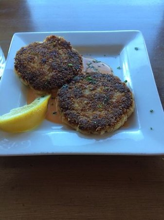 Kyllo's Seafood Grill : The crabcakes with red pepper aoili. Yum.