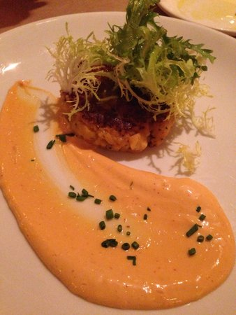 Winslow's Tavern : Lobster and saffron risotto cake with a smoky Adobe mayonnaise