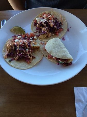 Kyllo's Seafood Grill : The fish tacos.