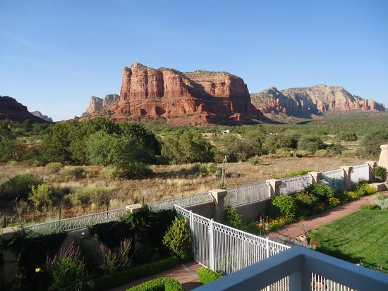 Canyon Villa Bed and Breakfast Inn of Sedona: View from Spanish Bayonet room