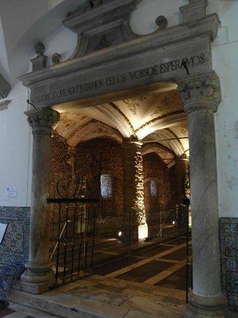 Igreja de São Francisco - Capela dos ossos.