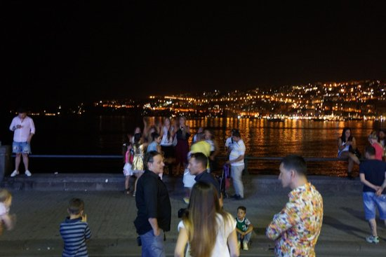 Grand Hotel Vesuvio : perfect, safe area for a lively evening stroll