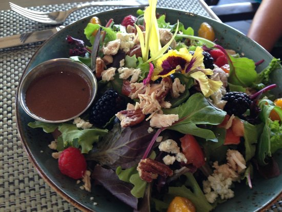 Morgan Run Club & Resort: Entree Salad