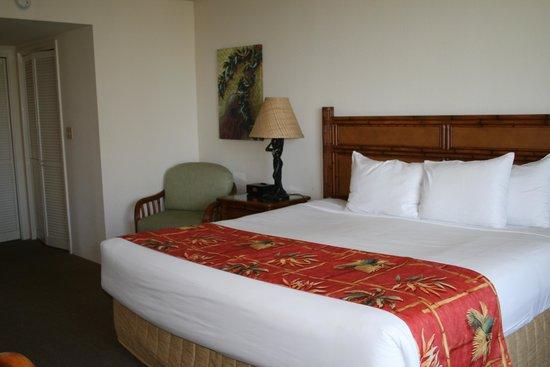 Luana Waikiki Hotel & Suites : ベッドルーム