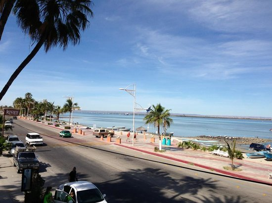 view of the Malecon from the eastern end early in the morning