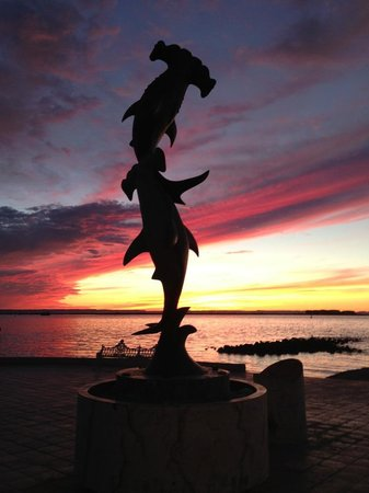 sunset along the Malecon