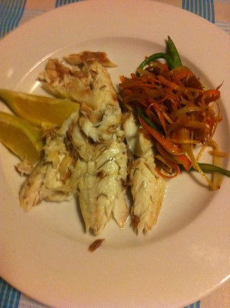 Restaurante Bruno: Sea-bass in salt served on your plate!