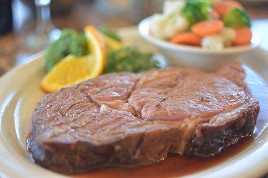 Christoffs Family Dining: Prime rib