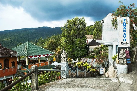 Taman Ayu Home Stay: Getting there