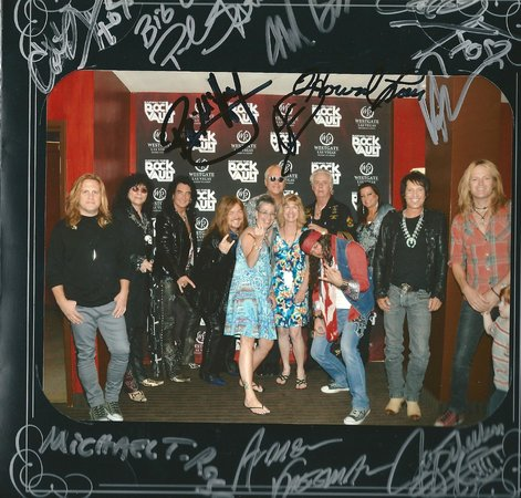 Raiding The Rock Vault : Meet and Greet before the show
