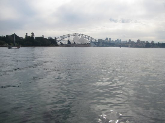 Sydney Opera House: View from the Ferry going to the Taronga Zoo