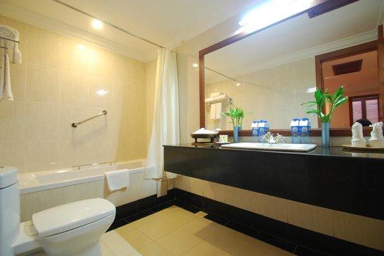 Steung Siemreap Hotel: Bathroom