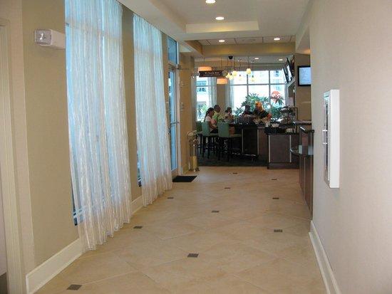 Hilton Garden Inn Tampa Airport Westshore: Foyer