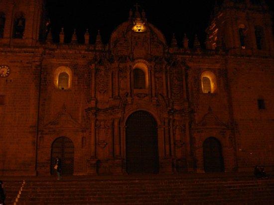 Catedral del Cuzco o Catedral Basílica de la Virgen de la Asunción: a Noite